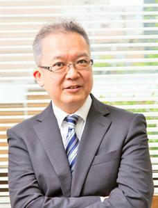 奥田 亮輔 教授