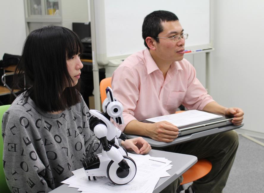 「会話型ロボット」で入院患者の孤独を癒したい