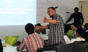 ''Practice of Creativity Development''で課題解決プレゼンテーションが実施されました。